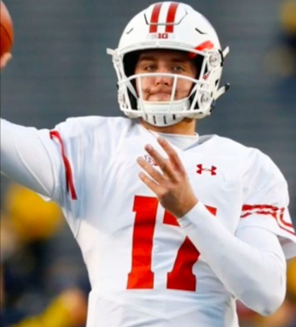 Sayville S Jack Coan Named Wisconsin Starting Quarterback